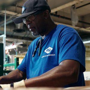 Made in USA - Una fabbrica in Ohio, recensione film