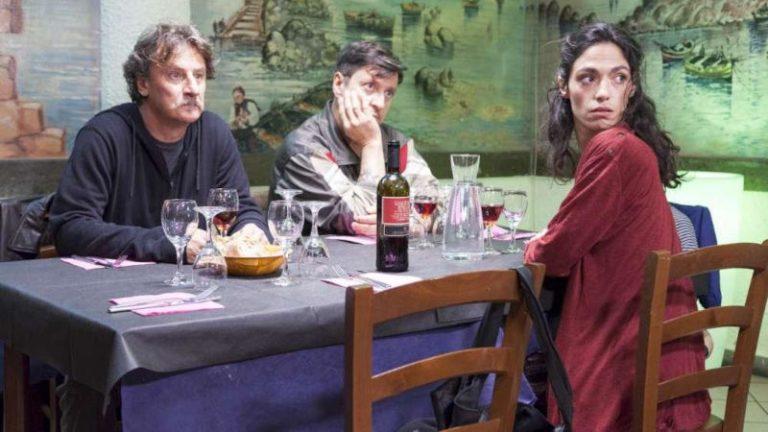 Il grande salto, recensione del film diretto da Giorgio Tirabassi